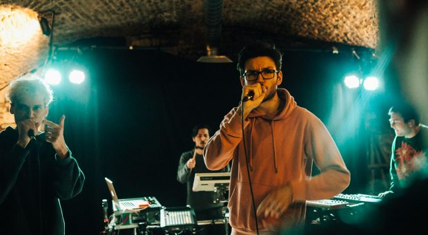 image à la une article journal